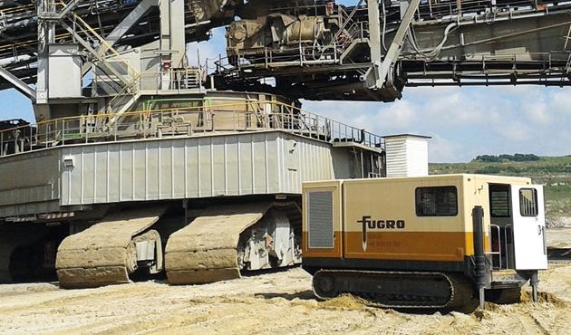 fugro's machinery in the desert